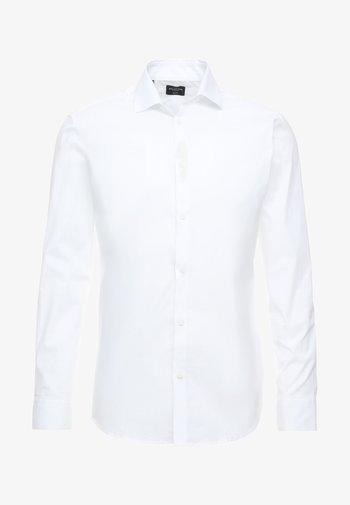 SLHSLIMBROOKLYN - Kostymskjorta - bright white