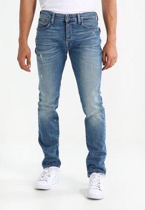 YVES - Slim fit jeans - mid retro