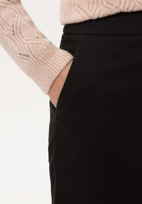 BRAX - STYLE KENNEDY - Pencil skirt - black - 3