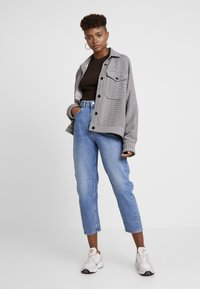 Weekday - MEG - Relaxed fit jeans - air blue - 1
