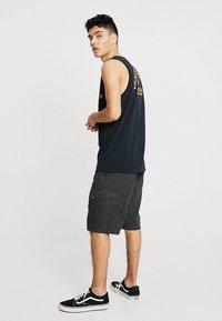 Volcom - MITER II - Shorts - vintage black - 2