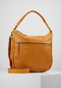 FREDsBRUDER - JUMP - Handbag - mango - 0
