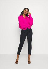 Vero Moda Petite - VMBAILEY PAPERBAG BELT PANTS - Trousers - black - 1