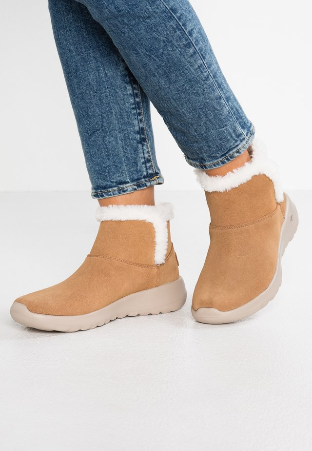 ON THE GO JOY - Ankle boots - chestnut