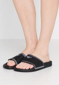 Emporio Armani - Pantofle - black/white - 0
