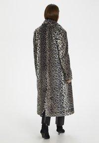 InWear - Classic coat - leo fur - 2
