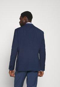 Tommy Hilfiger Tailored - FLEX CHECK SLIM FIT SUIT - Suit - blue - 3