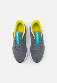 Nike Performance - REVOLUTION 5 UNISEX - Neutral running shoes - smoke grey/chlorine blue/high voltage/white - 3