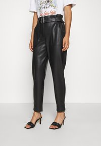 ONLY - ONLBRIONY DIONNE PANT - Trousers - black - 0