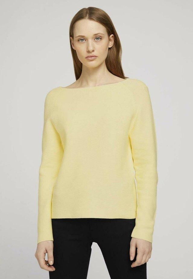 Jumper - soft yellow