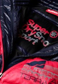 Superdry - Kurtka puchowa - dark blue/pink - 4