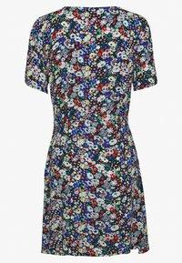 ONLY Petite - ONLEVA SHORT DRESS PETITE - Denní šaty - night sky - 1