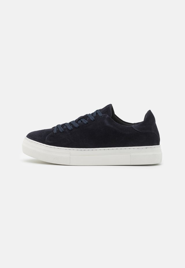 SLHDAVID CHUNKY CLEAN  - Sneakers laag - dark navy