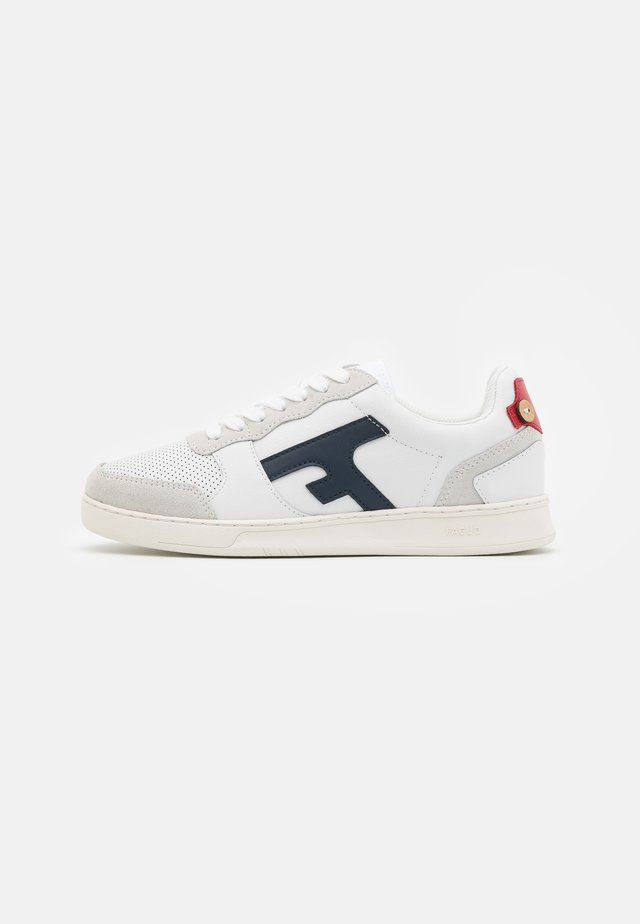 BASKETS HAZEL UNISEX - Matalavartiset tennarit - offwhite/navy