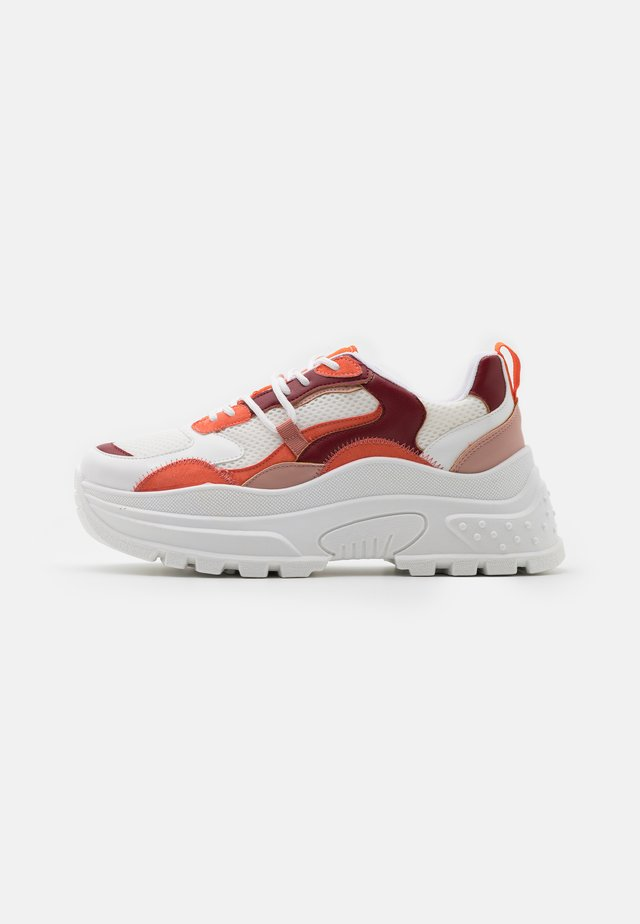 CAMMIE CHUNKY TRAINER - Trainers - burgundy