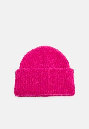 KANGASMETSÄ HAT - Beanie - pink