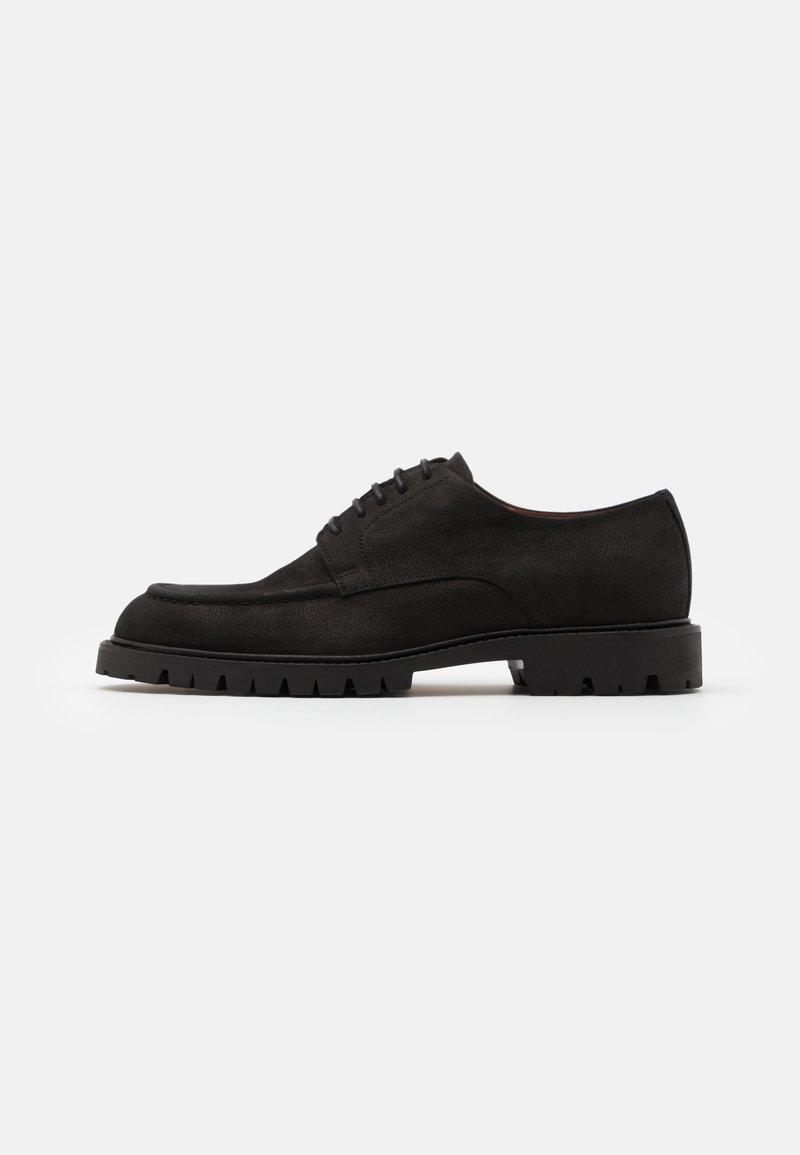 Hackett London - CHINO COM DERBY - Šněrovací boty - black