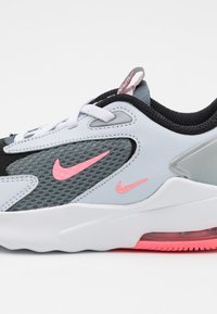 Nike Sportswear - AIR MAX BOLT UNISEX - Sneakers basse - smoke grey/metallic silver/football grey - 5