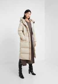 WEEKEND MaxMara - BATTAGE - Down coat - beige - 1