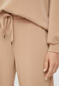 Pieces - Tracksuit bottoms - warm taupe - 4