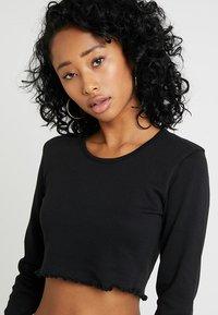 Missguided - LONG SLEEVE LETTUCE HEM CROP 2 PACK - Long sleeved top - black/camel - 5