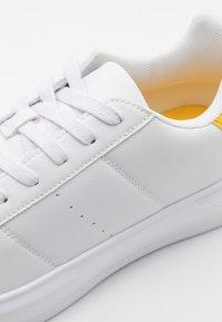YOURTURN - UNISEX - Sneakers basse - white/yellow - 5