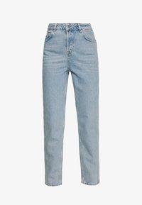 Selected Femme - MOM - Straight leg jeans - light blue denim - 4