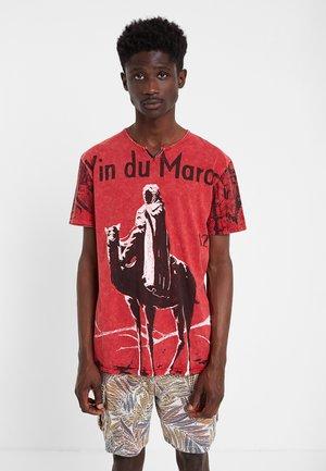TS_ROMER - Print T-shirt - red