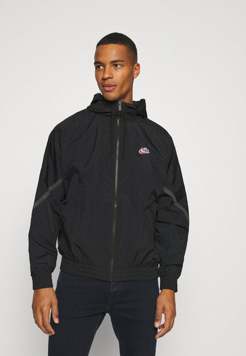Nike Sportswear - Summer jacket - black