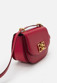 Bally - CHAIN MINI BAG - Across body bag - lipstick - 4