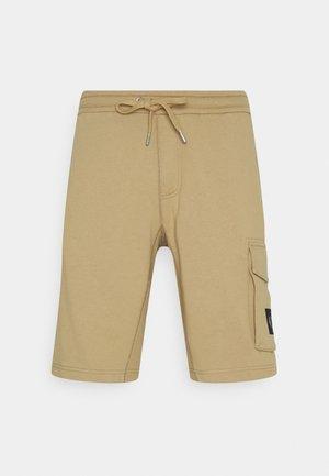 MONOGRAM PATCH - Shorts - beige
