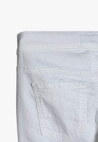 Benetton - TROUSERS - Jeans Skinny Fit - white - 2