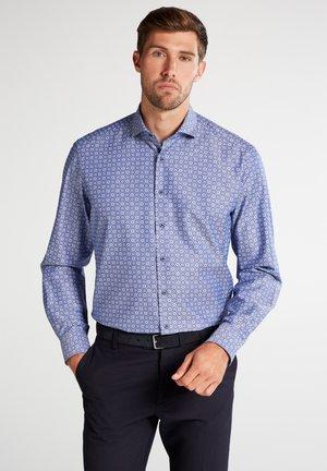 COMFORT FIT - Skjorter - navy blue