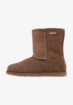 Winter boots - oak
