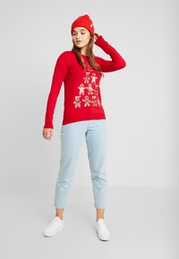 Fashion Union - CHRISTMAS GINGER BREAD TREE - Jumper - red - 1