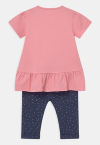 Staccato - SET - Print T-shirt - light pink/dark blue - 1