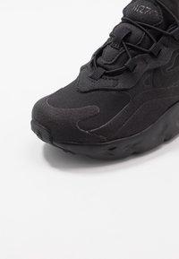 Nike Sportswear - AIR MAX 270 RT - Sneakers laag - black - 2