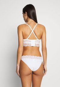 Esprit - BARB - Strapless BH - off white - 4