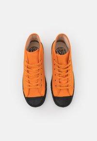 US Rubber Company - UNISEX - Sneakersy wysokie - mandarin - 3