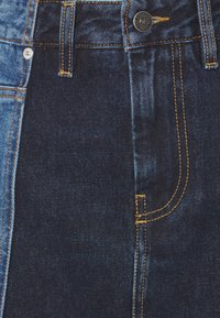 Diesel - DE-PAU-SP SKIRT - Pencil skirt - indigo - 2