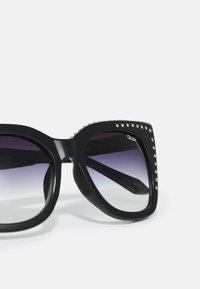 QUAY AUSTRALIA - HARPER - Sunglasses - black - 4