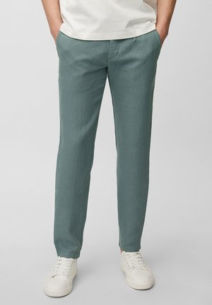 TAPERED FIT PATCHED - Trousers - balsam green