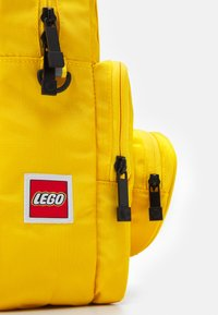 Lego Bags - BRICK 1X1 KIDS BACKPACK UNISEX - Rucksack - bright yellow - 3