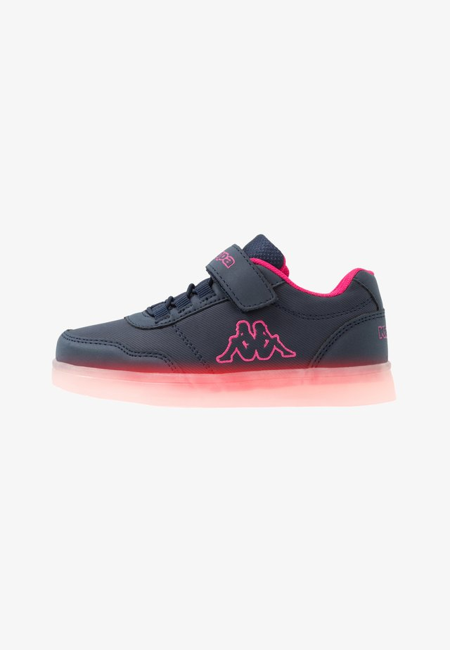 RENDON - Scarpe da fitness - navy/pink