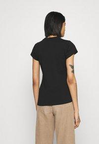 Ellesse - OMBRA - T-shirts print - black - 2