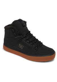 DC Shoes - Skate shoes - black/red/green - 2