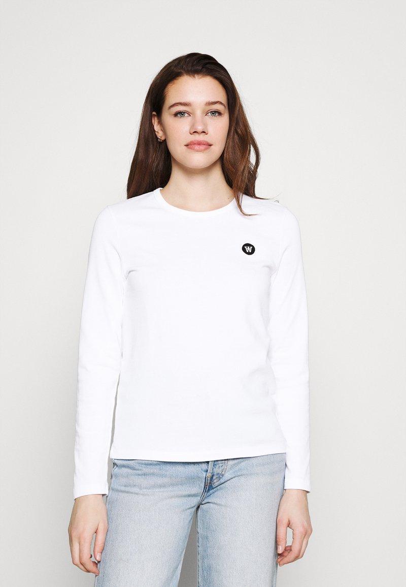 Wood Wood - MOA LONG SLEEVE  - Long sleeved top - bright white