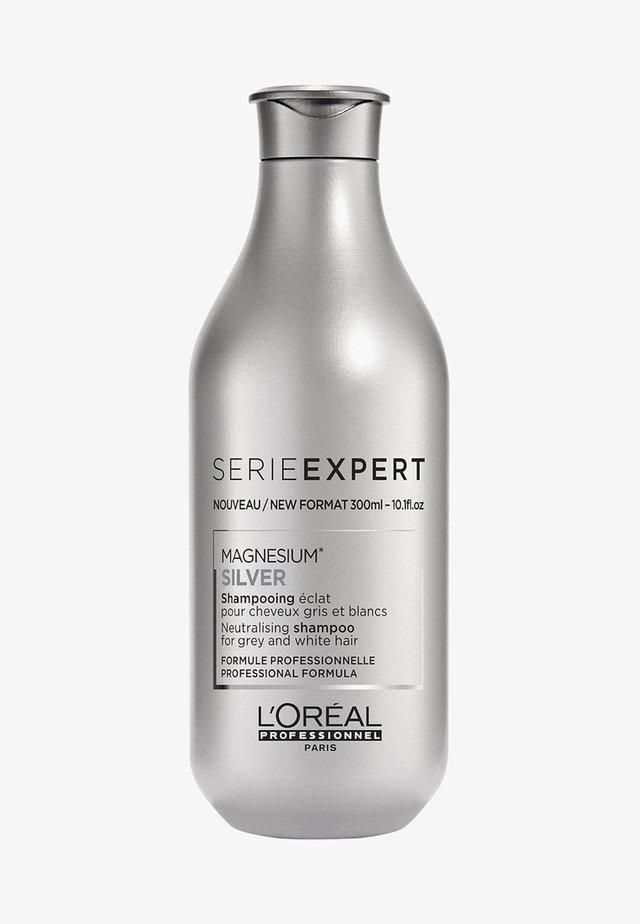 L'ORÉAL PROFESSIONNEL, MATTIERENDES SHAMPOO FÜR WEIßES, GRAUES ODER ERGRAUENDES HAAR, SERIE EXPERT SILVER - Shampoo - -