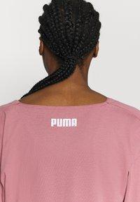 Puma - PAMELA REIF X PUMA COLLECTION OVERLAY CREW - Camiseta de manga larga - mesa rose - 6