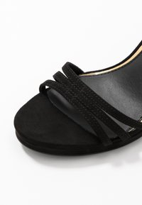 Buffalo - MELISSA - Korolliset sandaalit - black - 2